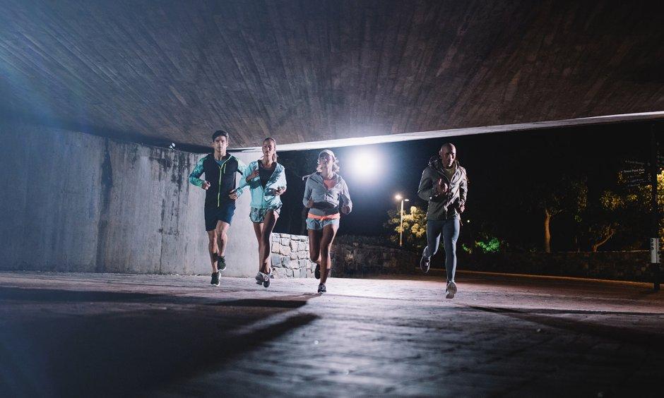 Les erreurs courantes de 5 lorsqu'il s'agit de courir, pas seulement pour les débutants