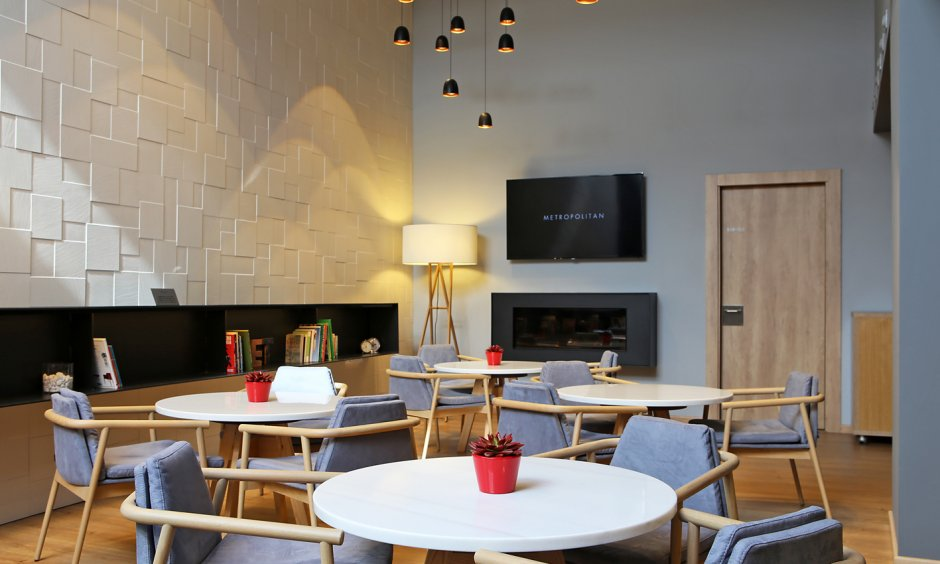 Restaurants club metropolitan for Gimnasio badalona