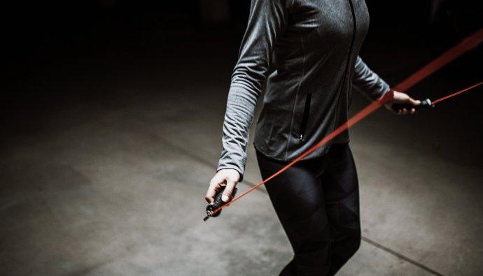 Bienfaits, astuces et exercices à faire avec la corde