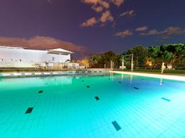 Nuit de piscine extérieure